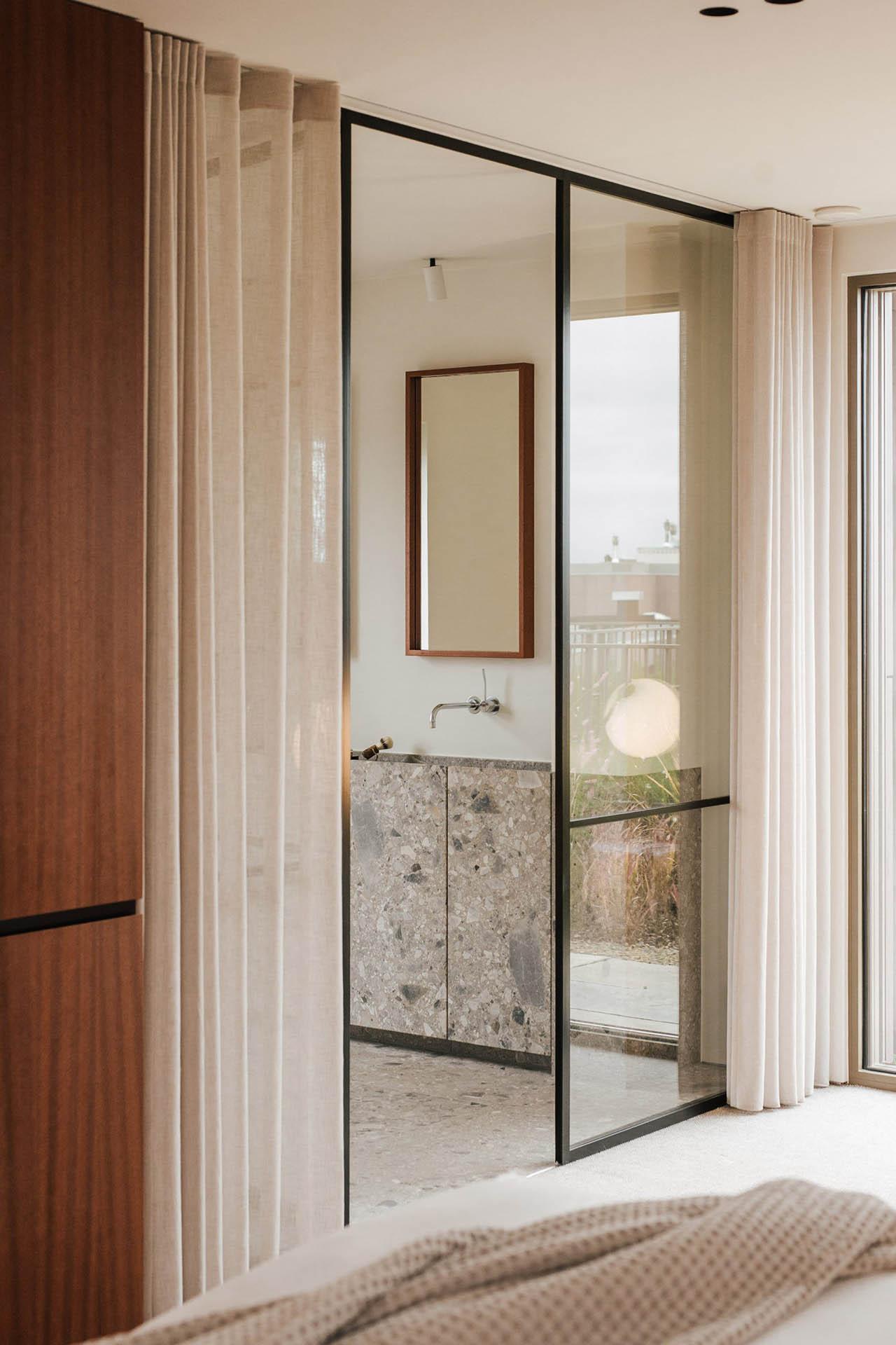 belgian-penthouse-ad-jo-studio_dezeen_3
