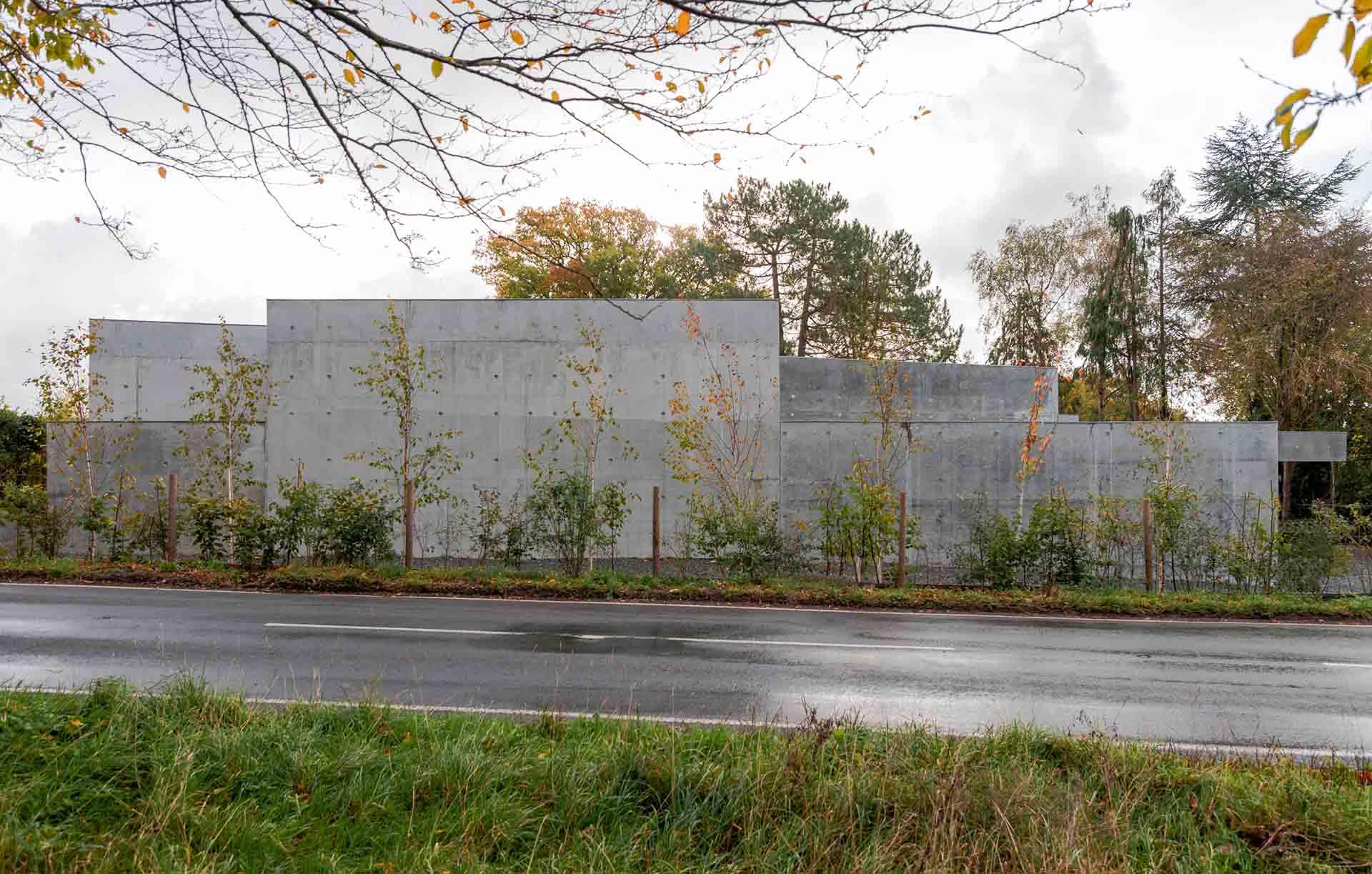 concrete-house-raw-architecture-workshop-tarry-perry_dezeen_1