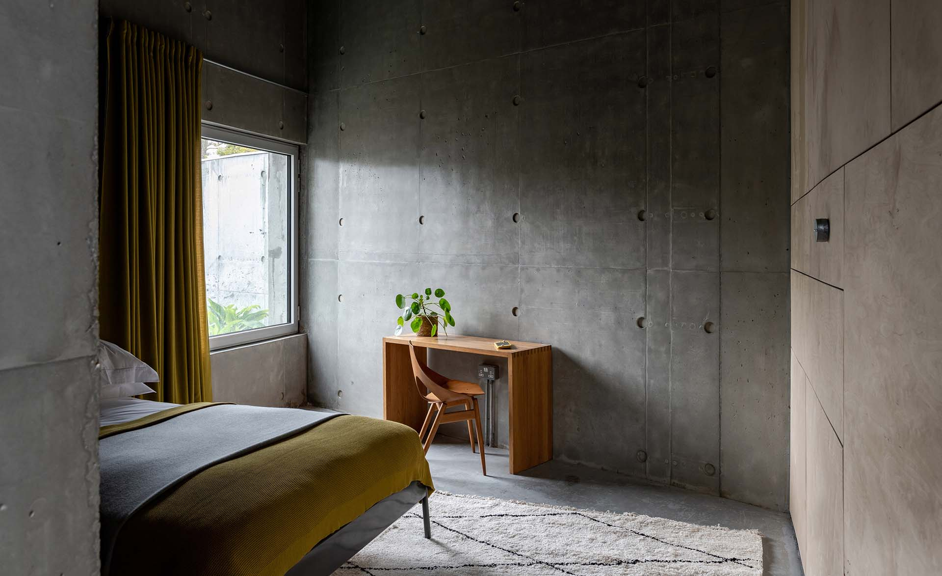 concrete-house-raw-architecture-workshop-tarry-perry_dezeen_12