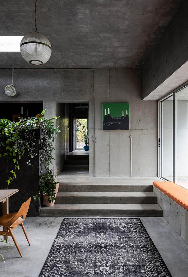 concrete-house-raw-architecture-workshop-tarry-perry_dezeen_6