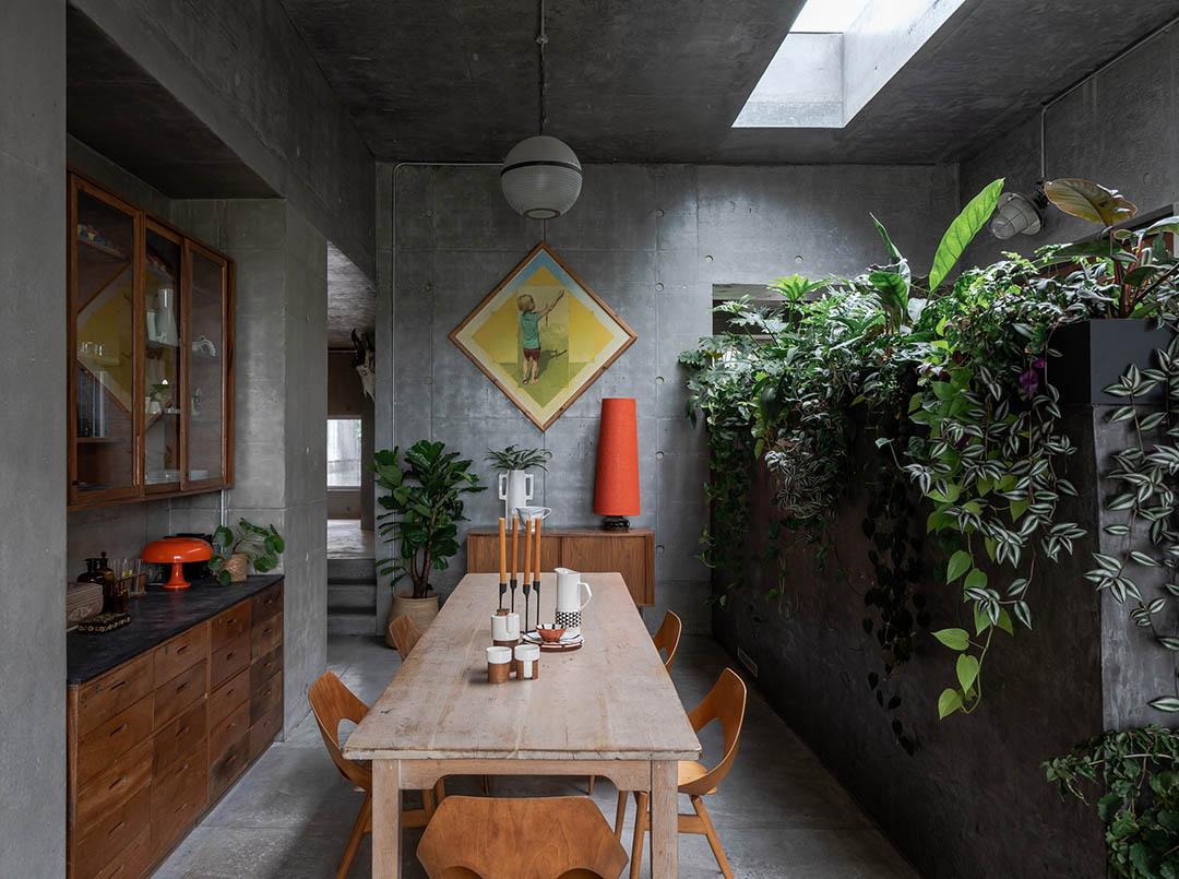 concrete-house-raw-architecture-workshop-tarry-perry_dezeen_7