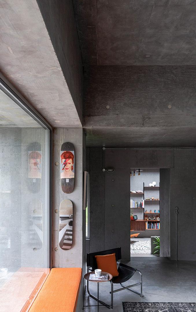concrete-house-raw-architecture-workshop-tarry-perry_dezeen_9