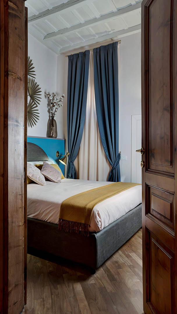 trevi-house-apartment-interiors-rome-studio-venturoni-italy_dezeen_3