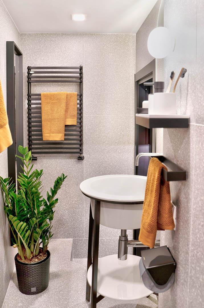 trevi-house-apartment-interiors-rome-studio-venturoni-italy_dezeen_7