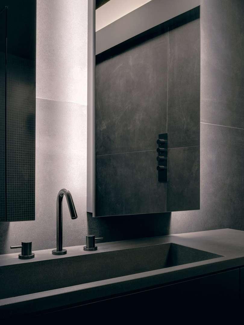 montreal-loft-renovation-by-future-simple-studio-interiors-canada_dezeen_2364_col_1-scaled