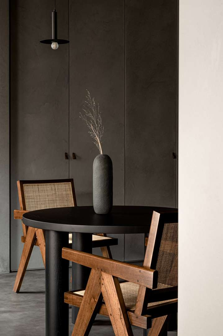 olga-fradina-kyiv-apartment-interior_dezeen_2364_col_6-scaled